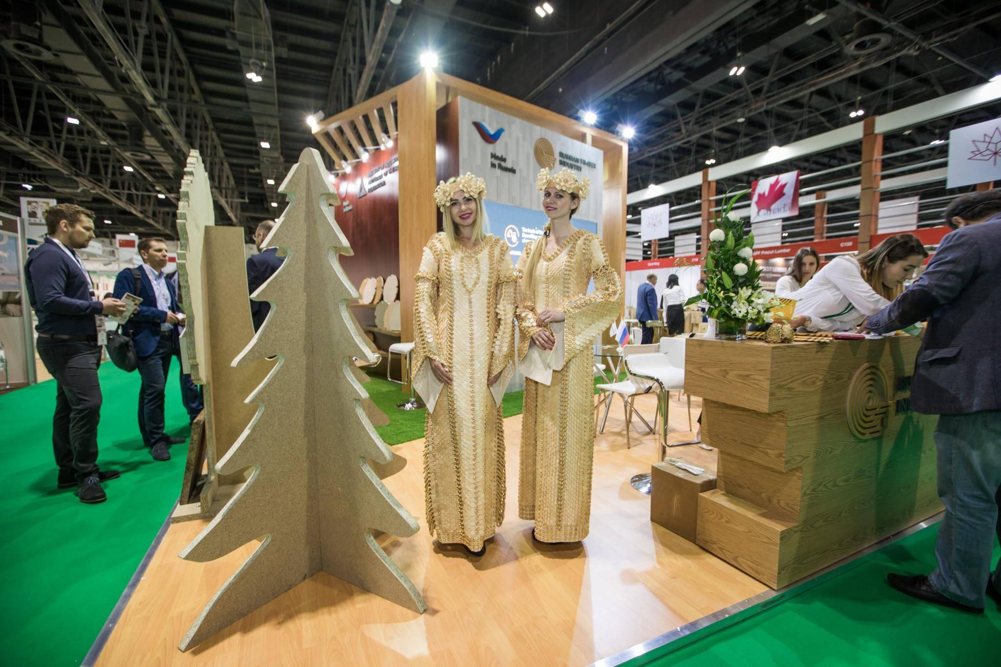 Компания представила продукцию на выставке Dubai WoodShow 2018